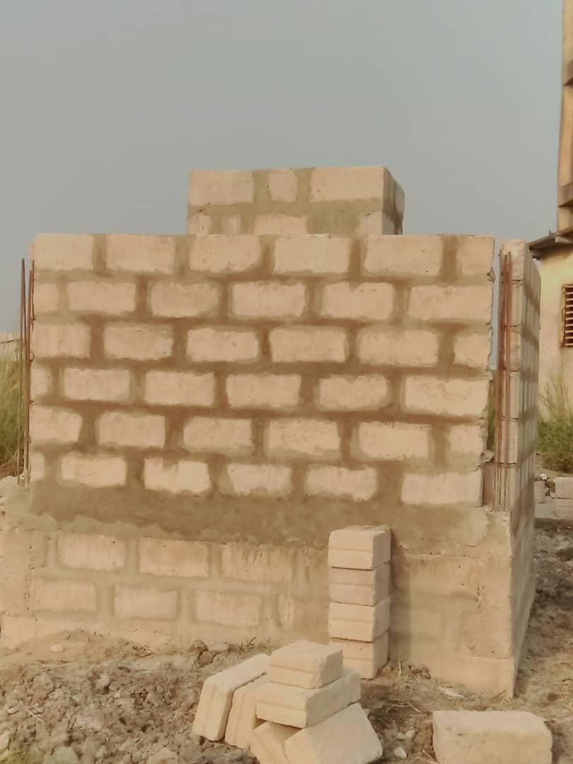 Grundmauern der Müllverbrennungsanlage