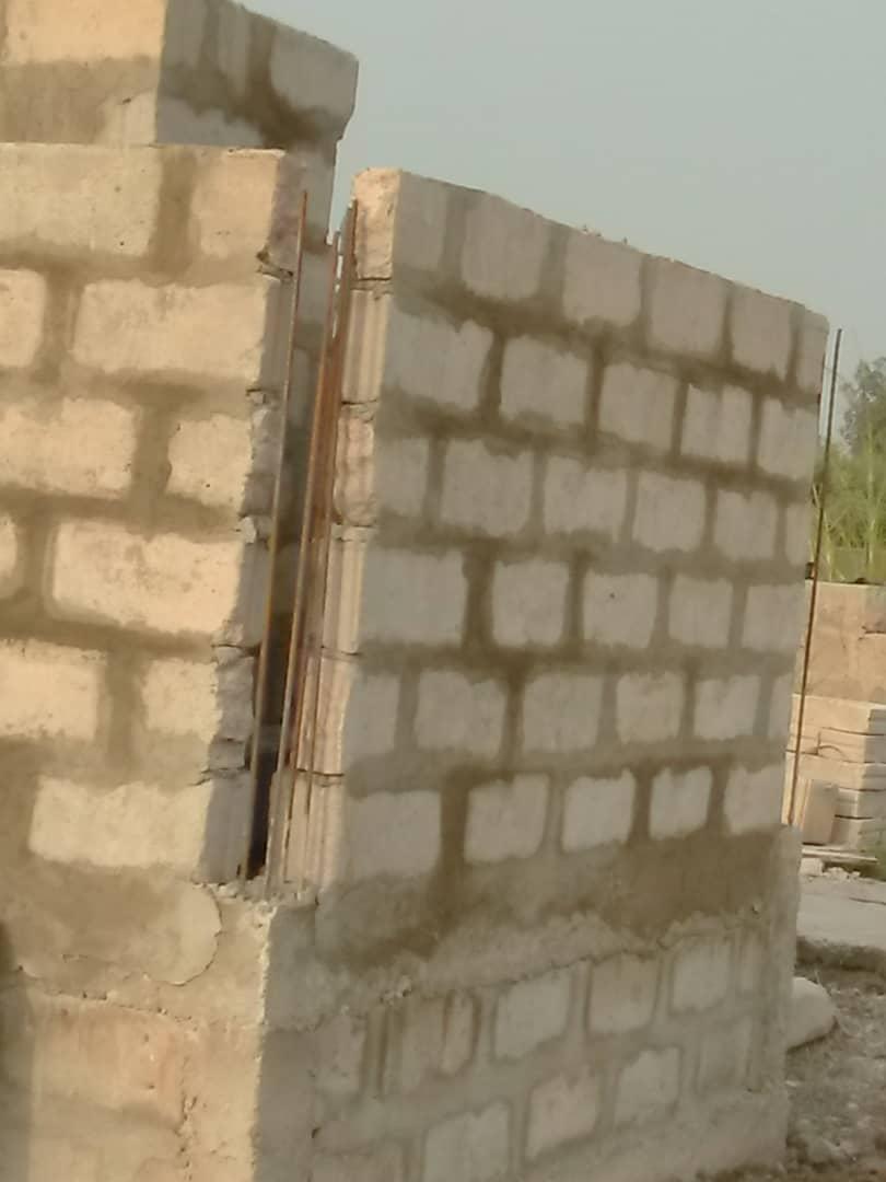 Grundmauern der Müllverbrennunganlage